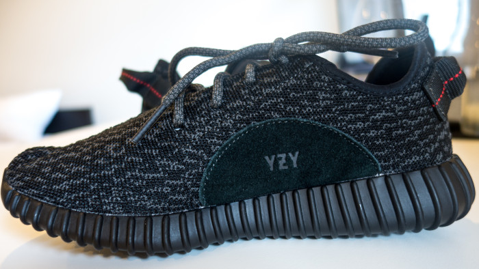 ADIDAS YEEZY BOOST 350 UNBOXING! PIRATE BLACK BB 5350 mp 4