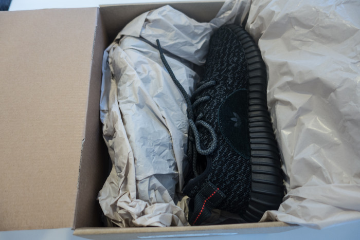 Something-Bespoke-Yeezy-350-Boost-Pirate-Black (5 of 20)